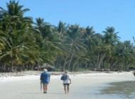 2-beach-trekkers