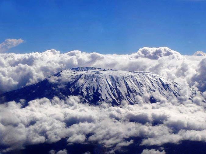 Kili Clouds